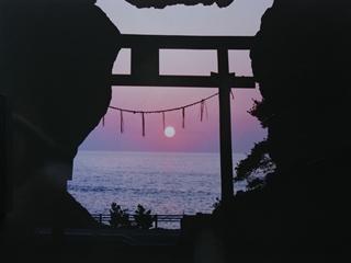 御厨人窟からの夕日_R.JPG